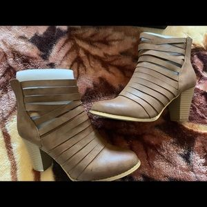 Women's Brown Anel Booties size 7.5